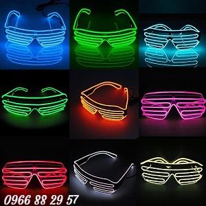 Hình mắt kính Neon Sign nghệ thuật